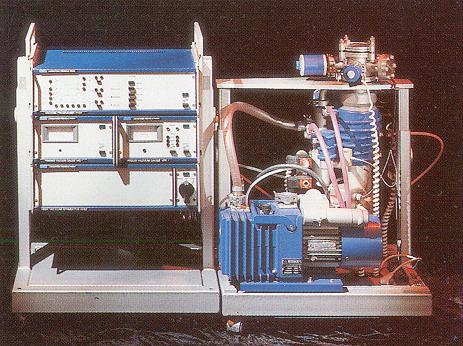 Vakuouvá aparatura AV 100